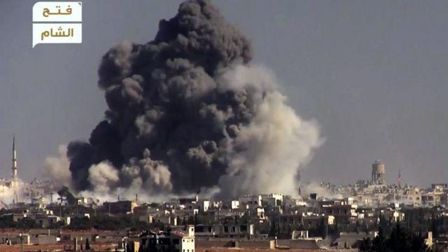 """صورة نشرها تنظيم """"فتح الشام"""" المعارض لما يقول إنه هجوم على موقع للقوات الحكومية في حلب الغربية"""