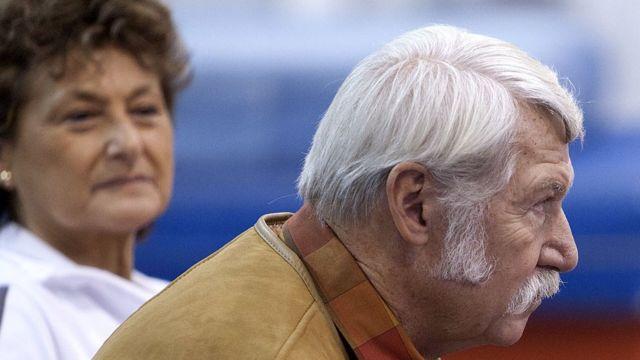 Mártha Károlyi estuvo durante muchos años tras la sombra de su esposo Béla, pero los campeones olímpicos a los que entrenaron aseguran que deben sus medallas al trabajo de ambos.