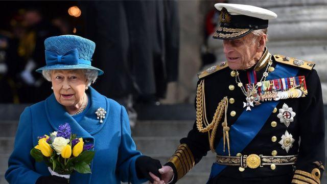 エリザベス英女王とエジンバラ公爵フィリップ殿下