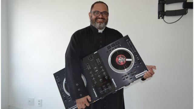 DJ Zeton