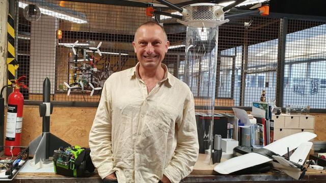 Steve Wright, babban mai bincike kan motoci masu tashi na jami'ar West of England