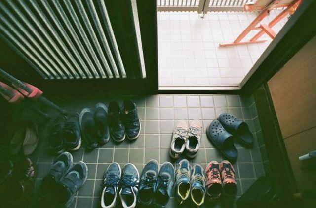 Sekitar sepuluh anak menjadi murid Tamagawa Free School setiap harinya.