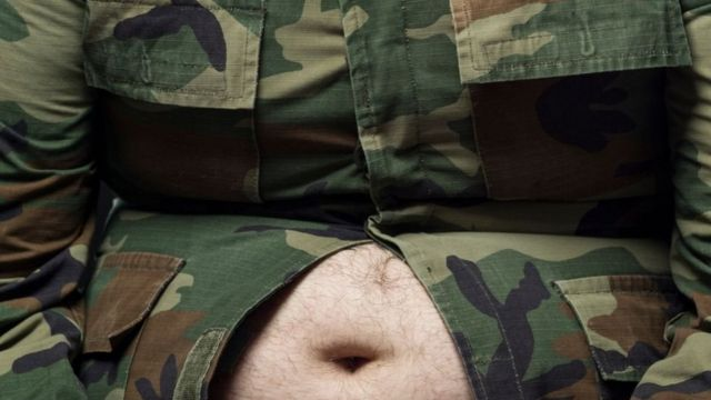 живіт військового