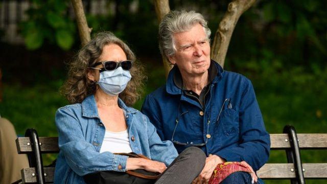 နှာခေါင်းစည်း အသုံးပြုပုံနဲ့ နိုင်ငံရဲ့ သေဆုံးနှုန်း ဆက်စပ်နေတယ်လို့ သိပ္ပံပညာရှင်တွေပြော