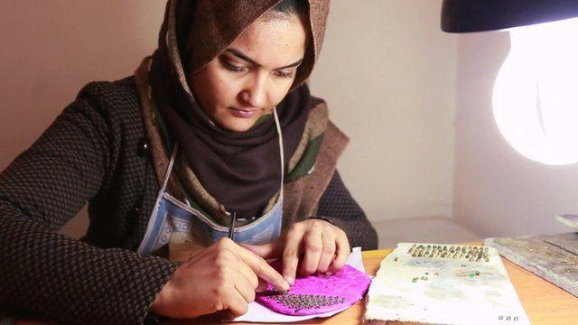 Sughra Hussainy, Calligrapher