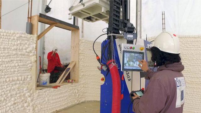 Construyendo una casa utilizando una impresora 3D.