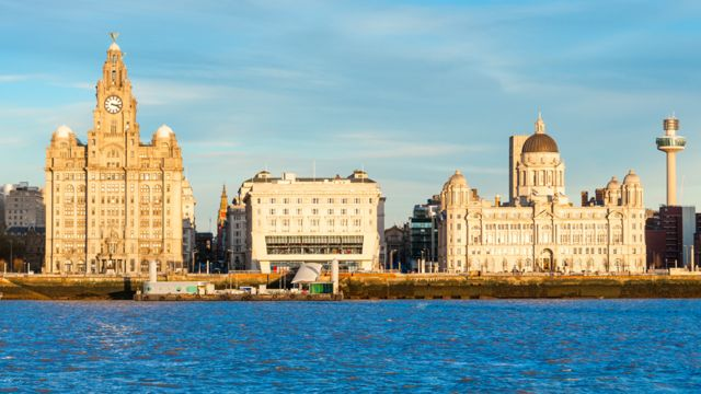 Ливерпульская набережная - знаменитый комплекс зданий, который был включен в Список всемирного наследия ЮНЕСКО