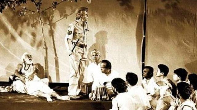 'चरनदास चोर' नाटक का एक दृश्य