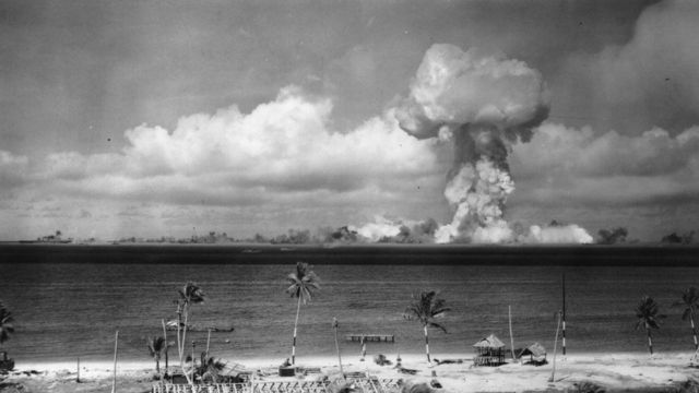 मार्शल आईलैंड का फाइल फोटो जहां अमरीका ने बड़े पैमाने पर परमाणु बमों का परीक्षण किया था