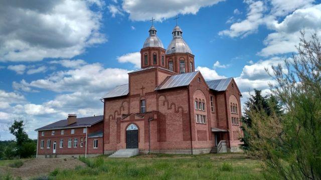 10 неймовірних місць на Сході України, які варто відвідати