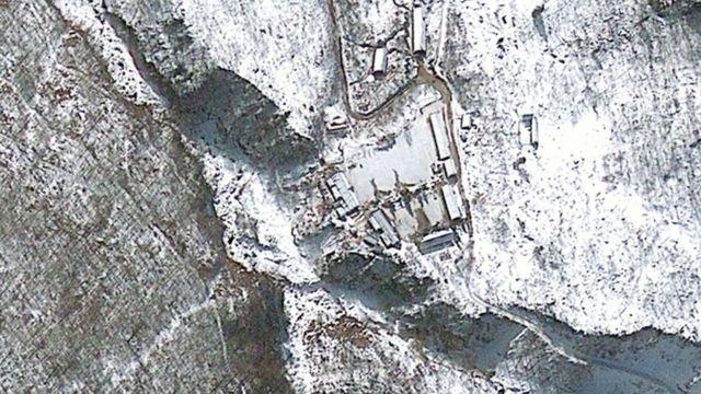 北東部・豊渓里(プンゲリ)の核実験場の衛星写真