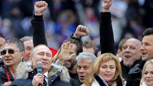 Путин на митинге в свою поддержку (2018 год)