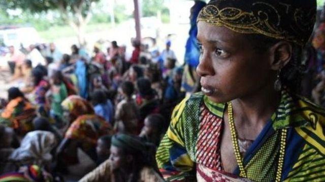 Des dizaines de milliers de personnes risquent d'être affectées par la suspension de l'aide.