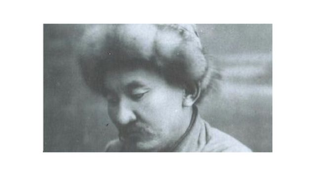 """Алгачкы агартуучулардын бири Ишеналы Арабаев 1924-жылы жалпыга белгилүү """"Алиппени"""" чыгарган"""