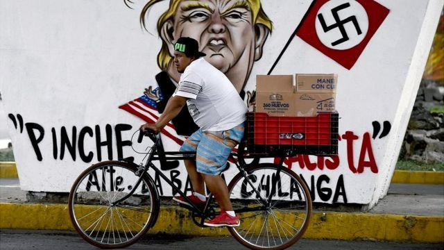 Graffiti contra Trump en Ciudad de México.