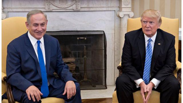 الرئيس الأمريكي دونالد ترامب ونظيره الإسرائيلي بنيامين نتنياهو