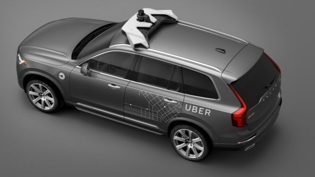 Carro da Volvo modificado para o Uber