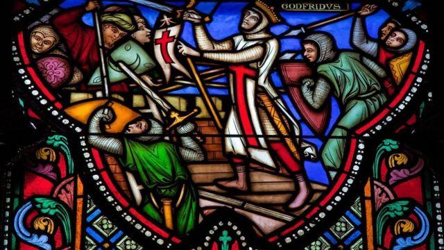 Vitral con escena de la Primera Cruzada