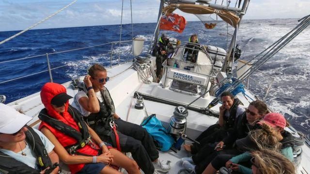 eXXpedition, kapal, perempuan, plastik, kirana agustina