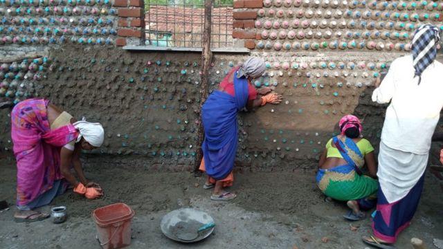 India, perempuan, menstruasi