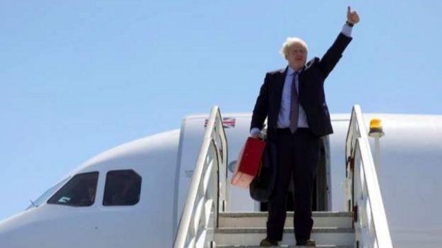 İngiltere Başbakanı Boris Johnson'un Londra'dan Cornwall'a uçakla gitmesi çevrecilerin tepkisini çekti