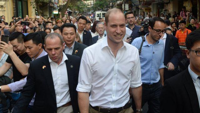 Hoàng tử Anh William thăm Hà Nội năm 2016