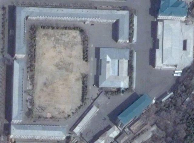 Ảnh vệ tinh năm 2012 chụp trụ sở Đơn vị Cảnh vệ ở Bình Nhưỡng.