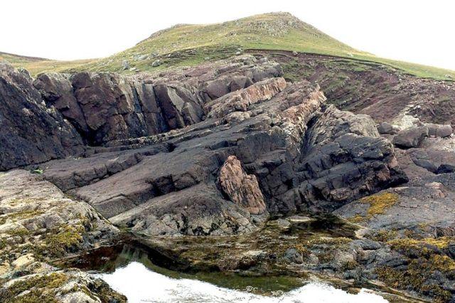 1.2 billion-year-old 'meteorite mineral' found in Scotland