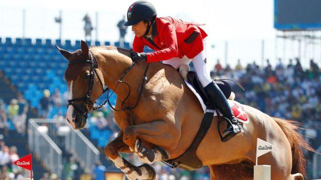 A amazona suíça Janika Sprunger durante competição nos Jogos Olímpicos do Rio