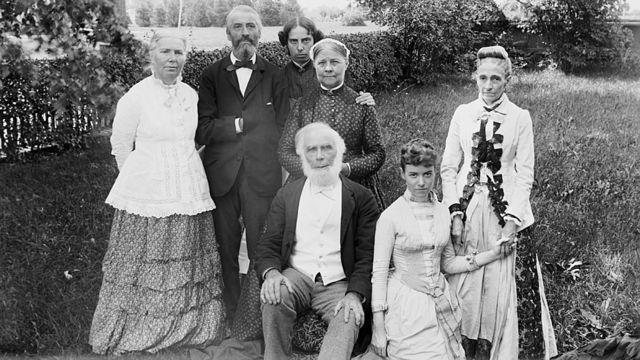 La dottoressa Elizabeth Blackwell con la sua famiglia.