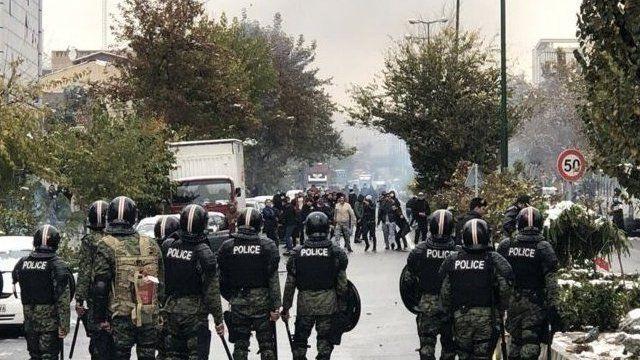 مقامهای ایران تایید کردند که این اعتراضها ۲۹ استان از ۳۱ استان ایران را درگیر کرده بود