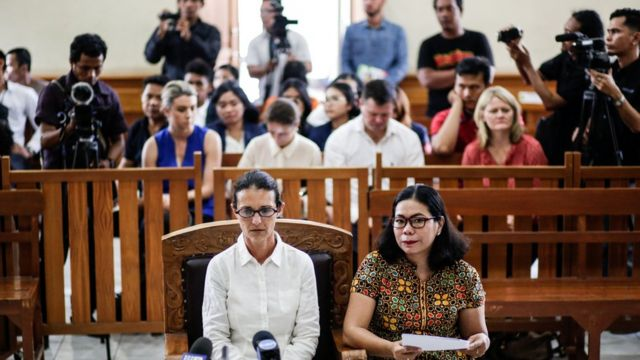 Sara Connor dalam sidang pertamanya di Denpasar, Bali
