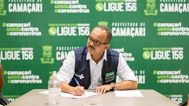 O prefeito de Camaçari, Elinaldo Araújo