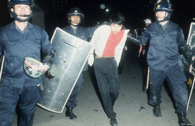 60年代の学生運動には暴力がつきものだった