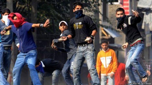 Kashmir stone pelters