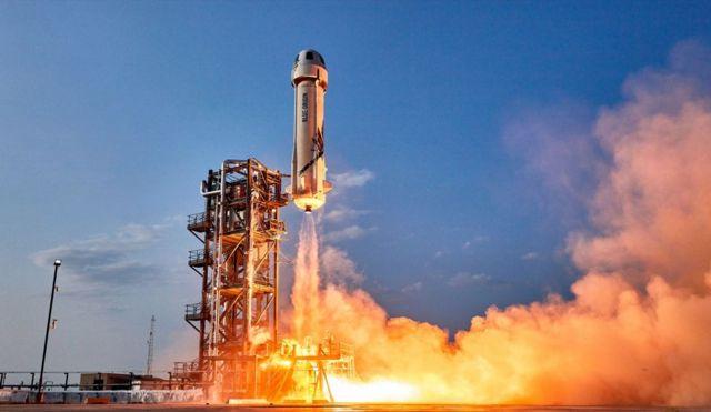 سفينة الفضاء نيو شيبارد المملوكة لشركة بلو أوريغن