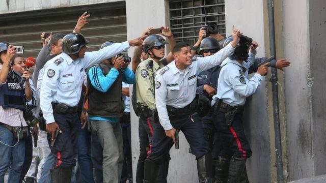Enfrentamientos en Caracas.