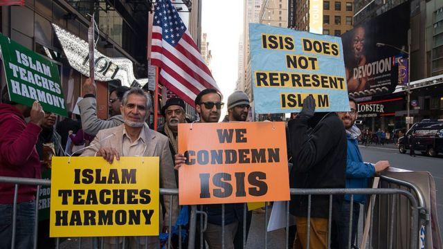 Manifestación de musulmanes en Nueva York en contra del autodenominado Estado Islámico.
