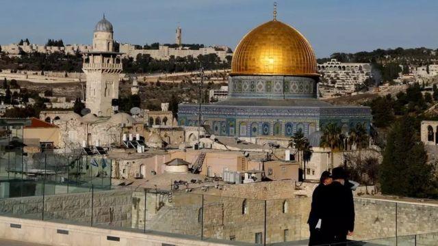 Localizada na parte antiga de Jerusalém, o Domo da Rocha é uma construção sagrada para o islã