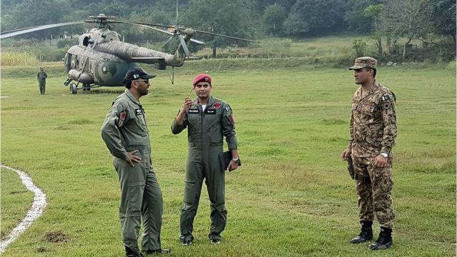 भारतीय सेना के जवान और अधिकारी
