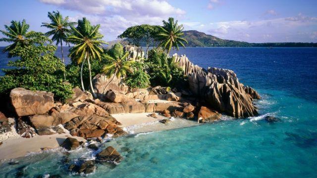 Beach for Seychelles.