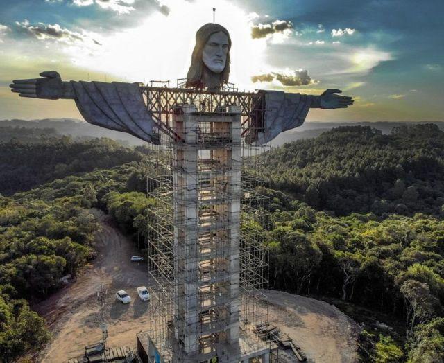 будущая статуя иисуса христа в бразилии