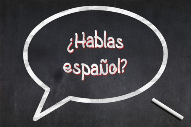 Pizarra con la leyenda: ¿Hablas español?
