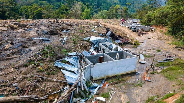 Casa destruida por huracanes en la localidad de Queja, deparamento de Alta Verapaz, en Guatemala.