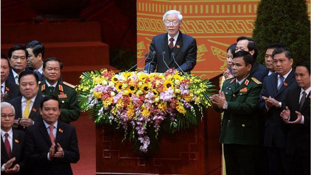 TBT Nguyễn Phú Trọng của ĐCSVN nhiều lần nhấn mạnh yêu cầu chống tham nhũng để làm trong sạch bộ máy của đảng và nhà nước cộng sản VN