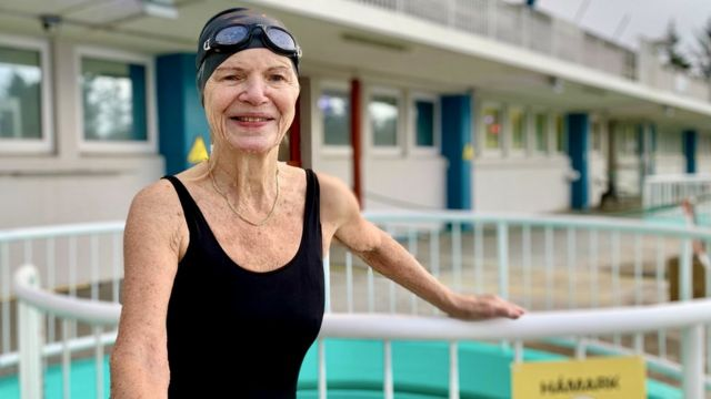 Margret Latansdottir ha nadado en estas piscinas calientes desde que tenía un año de edad.