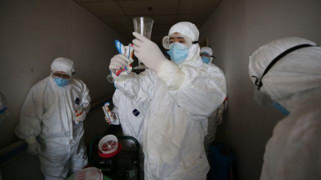 Desinfección en Wuhan.