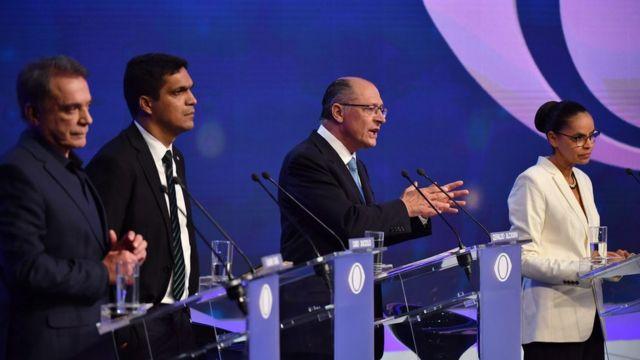 Da direita para a esquerda: Álvaro Dias, Cabo Daciollo, Geraldo Alckmin e Marina Silva