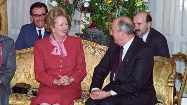 Margaret Thatcher meeting Mikhail Gorbachev in London in April 1989