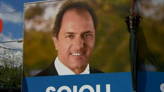 Poster of Daniel Scioli, election candidate
